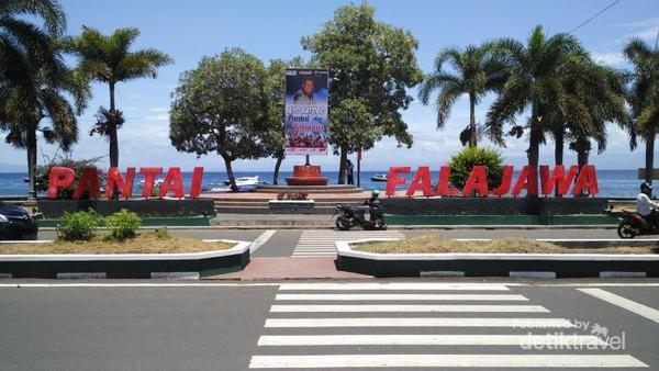 Pantai Falajawa